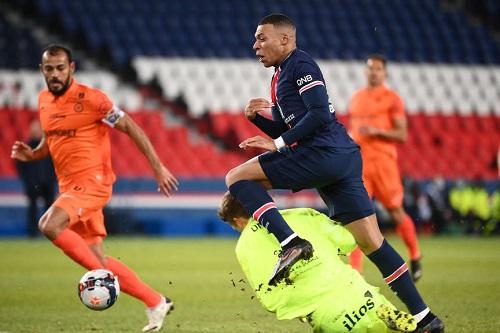 سان جيرمان يكتسح مونبولييه برباعية نظيفة في الدوري الفرنسي