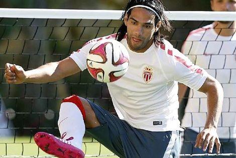 رئيس تحرير ماركا: ريال مدريد لن يتعاقد مع فالكاو