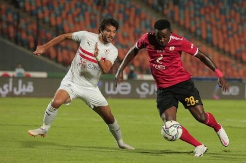 الزمالك يهزم الأهلي بثلاثية في قمة مباريات الدوري المصري