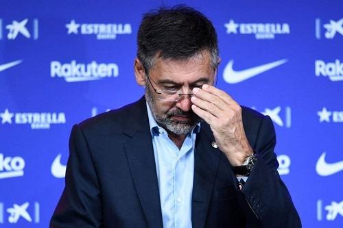 """إدارة برشلونة بقيادة الرئيس بارتوميو تقدم استقالتها من تسيير """"البلوغرانا"""""""