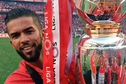 ثلاثة لاعبين مغاربة يتوجون مع بنفيكا بالدوري البرتغالي