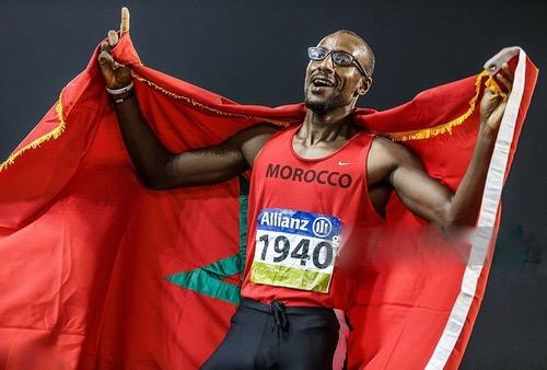"""محمد أمكون يحرز ذهبية 400 متر ويحطم الرقم القياسي العالمي في الألعاب """"البارالمبية"""""""