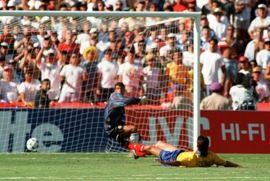بسبب هذا الهدف قُتل Andres Escobar بعد مونديال 94
