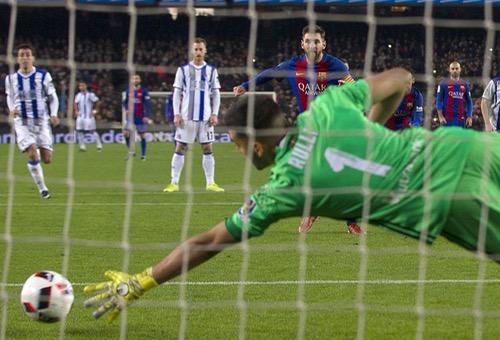 برشلونة يقسو على ريال سوسييداد بخماسية ويبلغ المربع الذهبي لكأس ملك أسبانيا