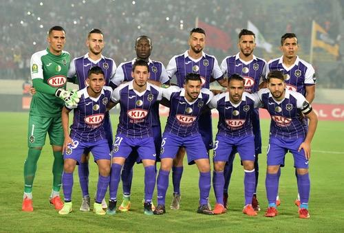 وفاق سطيف يحفز لاعبيه بالأموال قبل المباراة الحاسمة أمام الأهلي المصري