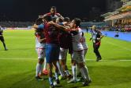"""الفتح يتجاوز الصفاقسي التونسي بركلات الترجيح ويتأهل لنصف نهائي كأس """"الكاف"""""""