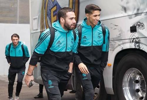 """أيامٌ قبل إغْلاق """"المركاتو"""".. هل يستغنِي ريال مدريد عن حاكيمي لصالح فياريال؟"""