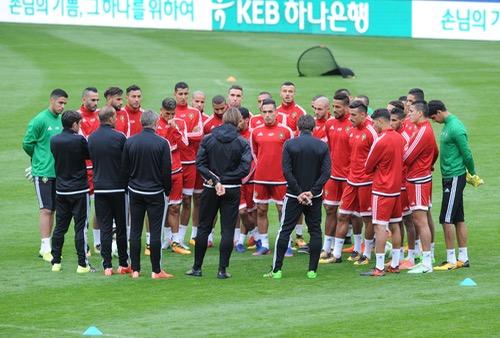 صُحف الخميس: رونار يتدخل في انتقالات الأسود.. و15 لاعبا  يغيبون عن الوداد في مباراة الديربي