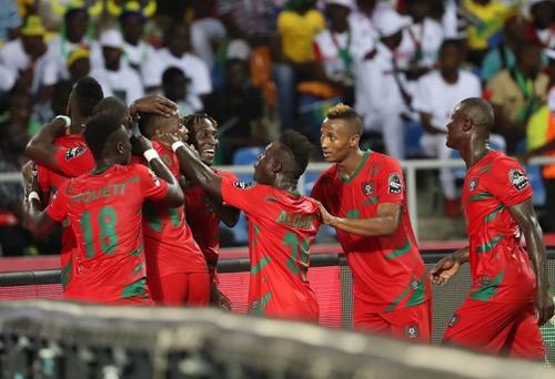 غينيا بيساو تصدم الغابون بتعادل قاتل في افتتاح كأس إفريقيا