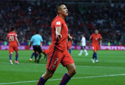 """تشيلي تُعطل """"الماكينات الألمانية"""" بأقدام سانشيز في بطولة كأس القارات"""