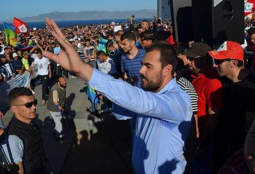 صُحف الأربعاء: الزفزافي بدأ حراكه من الملاعب.. والأمن يطالب بترخيص لتنظيم وقفة ضد حسبان