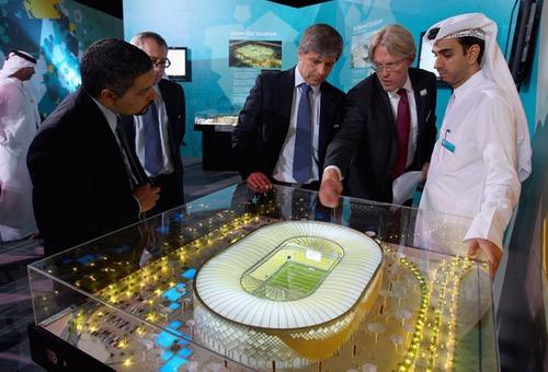 قطر تُنفق نصف مليار دولار أسبوعيا لتهييء البنية التحتية لمونديال 2022