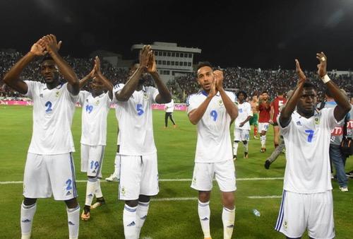 """لاعبو الغابون: """"أسود الأطلس"""" فريق رائع ومرشحون بقوة للتأهل إلى """"المونديال"""""""