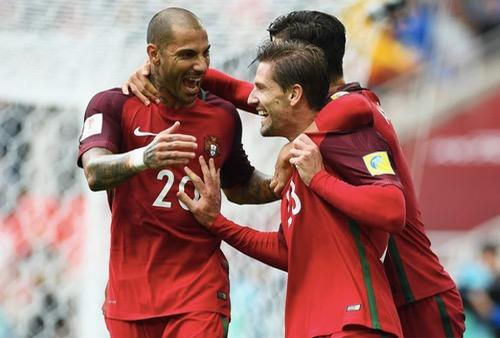 البرتغال تقلب الطاولة على المكسيك وتحصل على المركز الثالث في كأس القارات