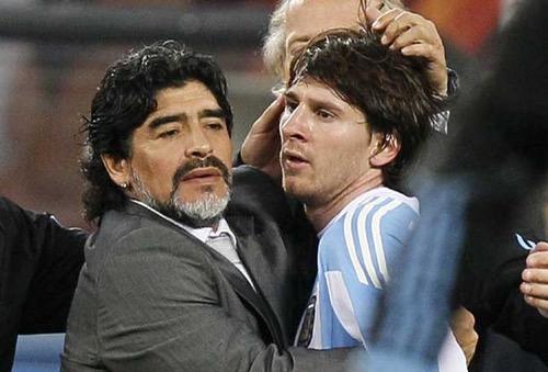 مارادونا: نعاني بدون ميسي في تصفيات مونديال روسيا 2018