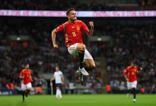 """""""مَاتادور"""" إسبانيا يَهزم """"الأسود الثلاثة"""" بثنائية ويُحرج الإنكليز بملعب """"ويمبلي"""""""