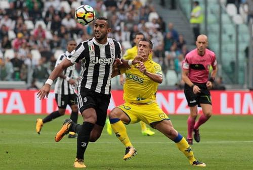 """دفاع """"الأسود"""" يستأسد في مباريات البطولات الأوربية وزياش يحبط من جديد"""