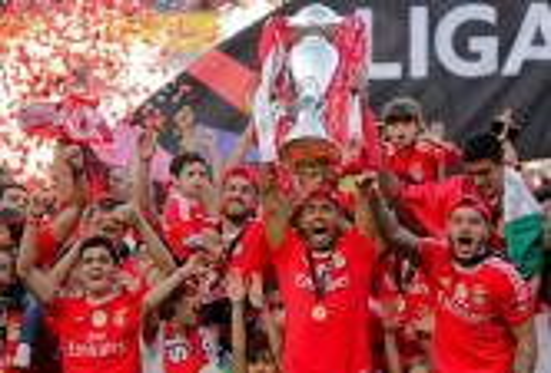 بنفيكا يهزم فيتوريا غيمارايش ويتوج بطلا لكأس البرتغال للمرة الـ29 في تاريخه