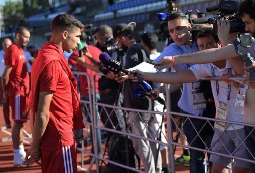 """أشرف حكيمي: إسبانيا تلعب من أجل التأهل ونحن من أجل """"الكرامة"""""""