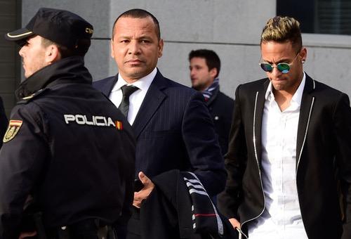 الإدعاء العام في إسبانيا يطالب بحبس نيمار عامين وروسيل 5 أعوام