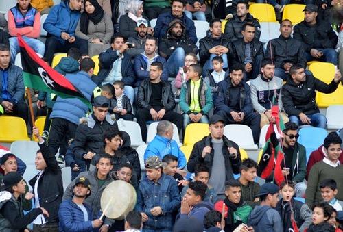 """جَماهير أكادير تقود ليبيا لمُواجهة """"الأسود"""" في النّصف.. و""""الثوار"""": بفضلِ المغارِبة لم نغْترب"""