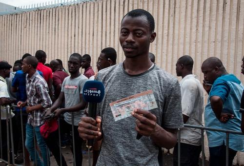 """الجمهور الإيفواري يُعاتب رونار.. وإقبال كبير على تذاكر المباراة من جُمهور """"الفيلة"""" والمغرب"""