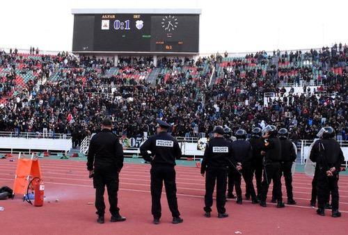 """صُحف الثلاثاء: الأمن تفادى مواجهة مشاغبي مباراة الجيش أمام اتحاد طنجة في """"الأحد الأسود"""""""