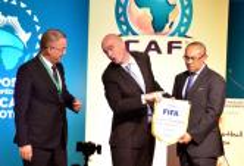 """صُحف الأربعاء: إنفانتينو ووفد أمريكي بالمغرب.. و""""الفيفا"""" تحذر الجامعة من الاتفاقيات الإفريقية"""