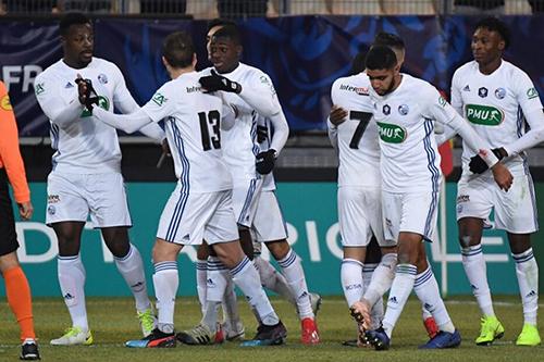 ستراسبورغ إلى دور الستة عشر في كأس فرنسا
