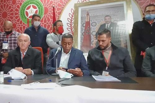 """حنيش رئيسا جديدا للكوكب المراكشي و""""عجز"""" 4 ملايير سنتيم بميزانية النادي"""