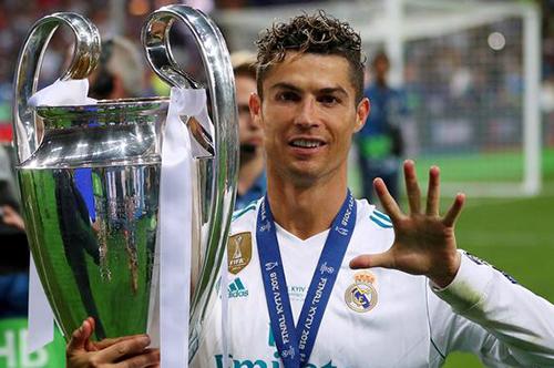 """هكذا تتصرف إدارة ريال مدريد للتخلص من """"إرث"""" كريستيانو رونالدو"""