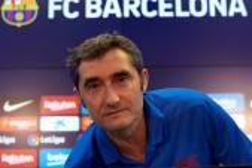 فالفيردي: لا مجال للخطأ.. فوز برشلونة على بيتيس اليوم ضروري