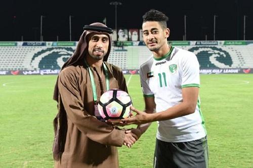 مراد باتنة يوقع رسميا للفتح السعودي لمدة موسمين رياضيين