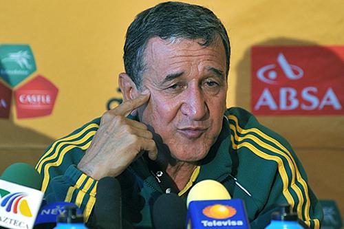بيريرا: المنتخب البرازيلي سيظل قويا بوجود نيمار أو بدونه