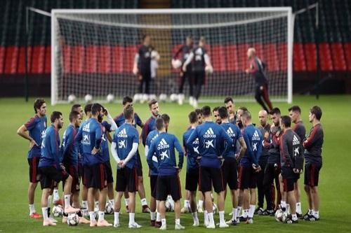 """المنتخب الإسباني يبدأ معسكره لنزال """"استعادة الثقة"""""""