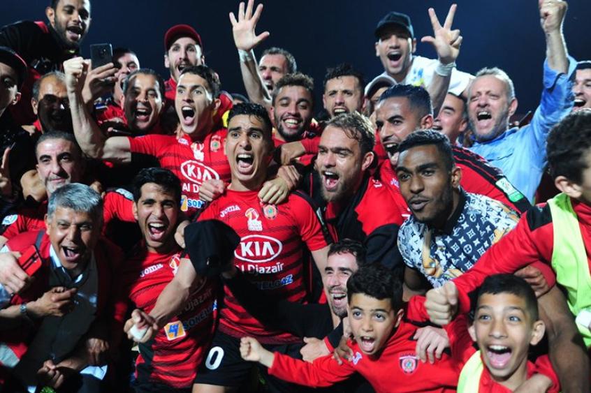 اتحاد الجزائر يتوج بلقب الدوري للمرة الثامنة