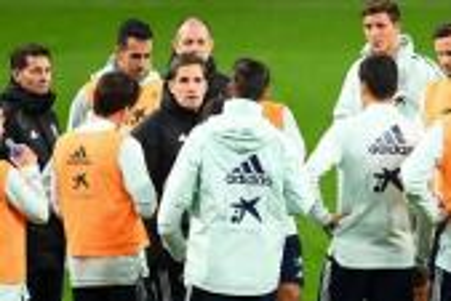 مورينو يتغيب عن اجتماعه مع اتحاد الكرة الإسباني ويرسل محاميه
