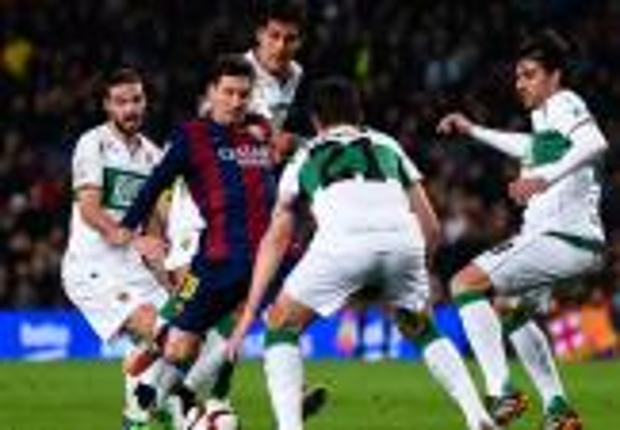 برشلونة يسحق إلتشي بخماسية