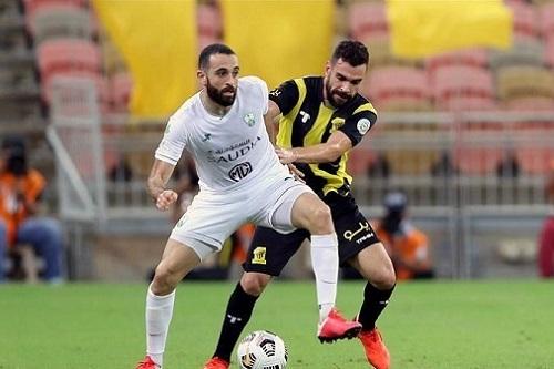 """""""كورونا"""" يُصيب فتوحي قبيل مواجهة فريقه أمام الشباب السعودي"""