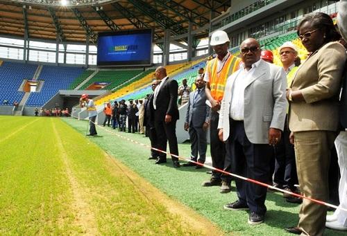 """اللجنة المُنظمة لـ""""كان"""" الغابون تُبقي على مواجهة المغرب ومصر بملعب """"بورجونتي"""""""