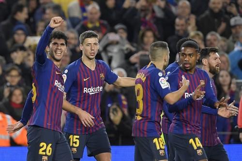 """برشلونة يستعيد ذاكرة الانتصارات في الليغا ويُغرق """"الغواصات الصفراء"""""""
