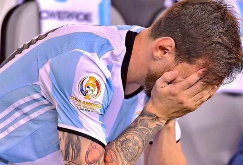 رونالدو: يؤلمني أن أرى ميسي يبكي.. فهو لم يعتد على الهزائم وخيبات الأمل