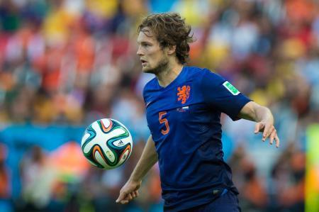 اصابة بليند مع هولندا تزيد من متاعب اليونايتد