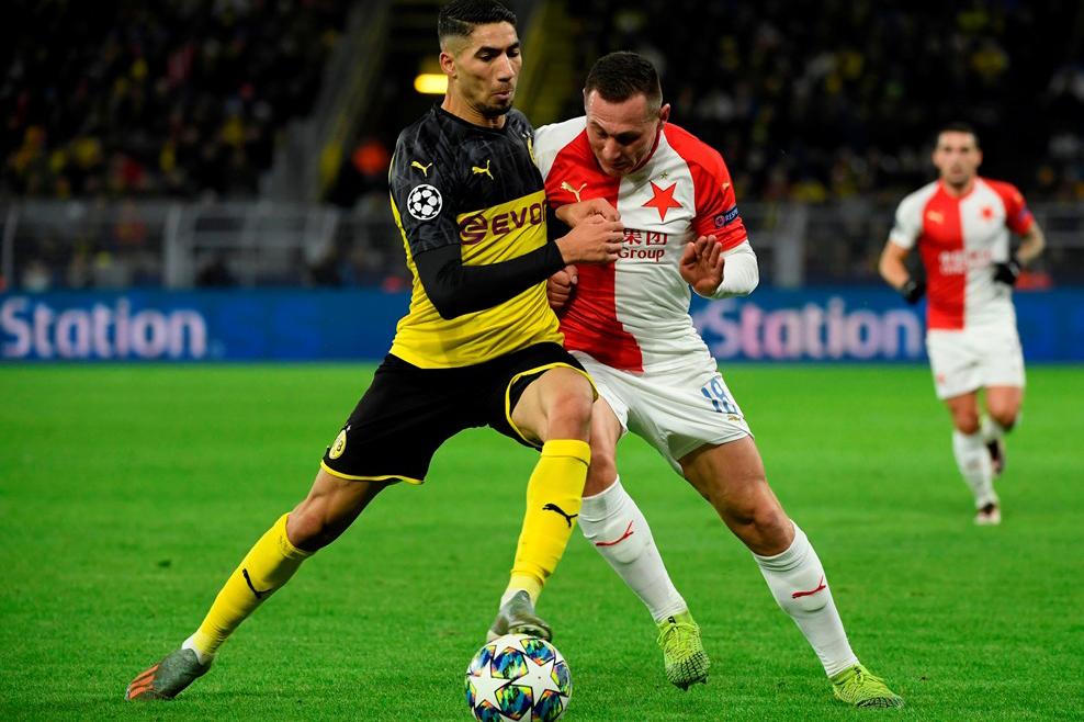 دورتموند يقبل هدية برشلونة ويتأهل لدور الـ16 بدوري أبطال أوروبا