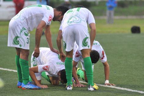 النادي القنيطري يُخمد انتِفاضَة شَباب الريف في البطولة ويَهزمه بمَيدانِه