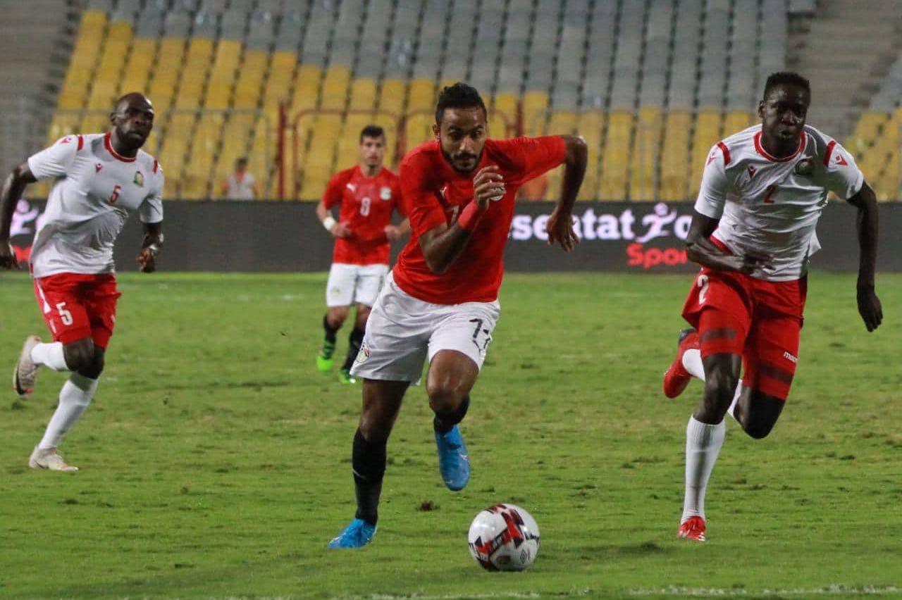 مصر تسقط في فخ التعادل مع كينيا بتصفيات الكان
