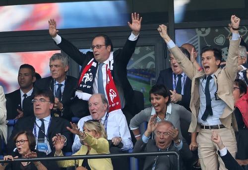رئيسا فرنسا وأيسلندا يحضران مباراة منتخبي البلدين في يورو 2016