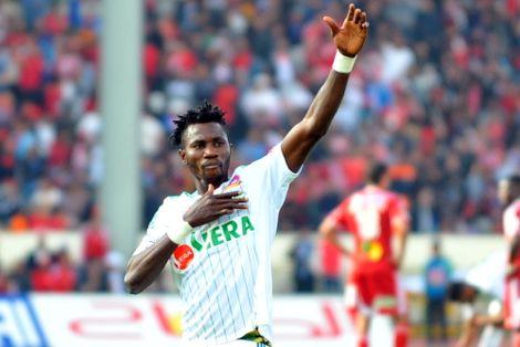 """أوساغونا بنيجيريا حتى تَبُتّ """"فيفا"""" في مشكل ناديه السابق والرجاء"""