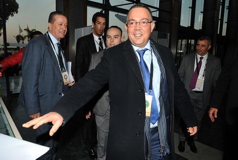 لقجع يَصِل إلى سويسرا والمغرب يَمنَح صَوته للبحريني سلمان
