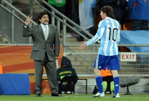 برشلونة يرد على اتهامات مارادونا لميسي